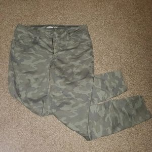 Old Navy Camo Jeans NWOT